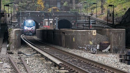 N.J., N.Y. congressmen call on Chao to fund Gateway rail project