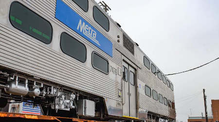 Metra to reissue rail-car RFP
