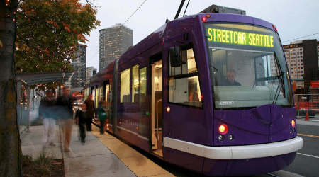 Seattle mayor questions new streetcars' size