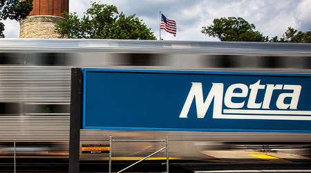 Metra to buy three used locomotives