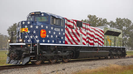 KCS locomotive sports patriotic paint scheme to honor vets